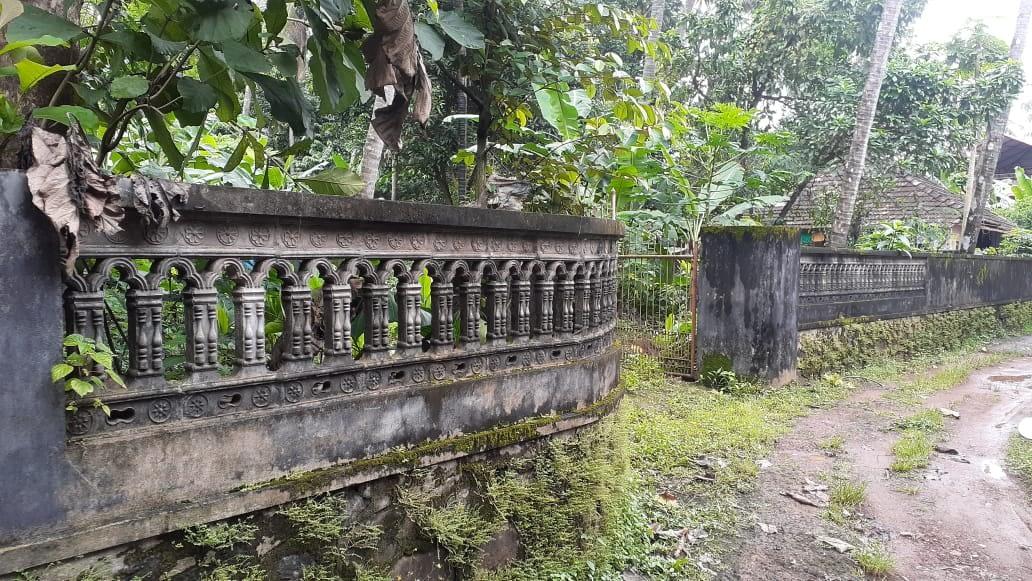23 cent land for sale in Kalathode,Thrissur.