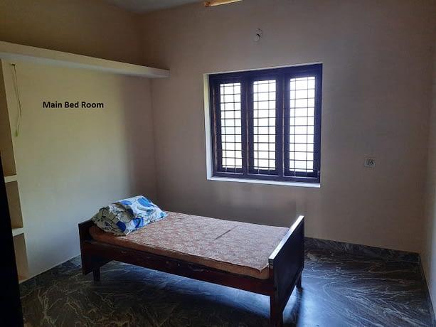 main bed1